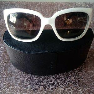 Prada Sunglasses 🕶️